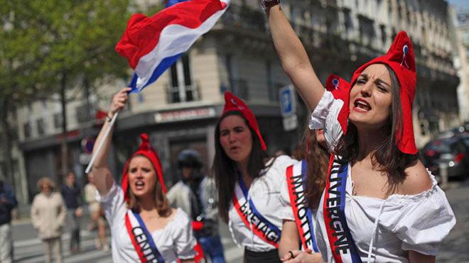 Поздравления с 8 Марта на французском языке